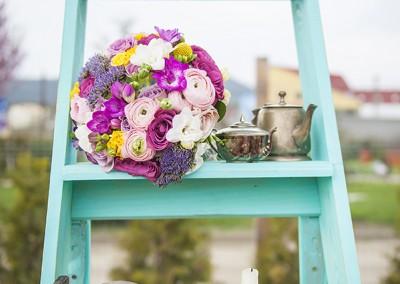 decoratiuni-nunta-scari-turcoaz-turquoise